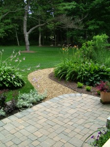 gravel mulch 225x300 Mulch vs. Gravel: Which is Better for Your Landscaping?