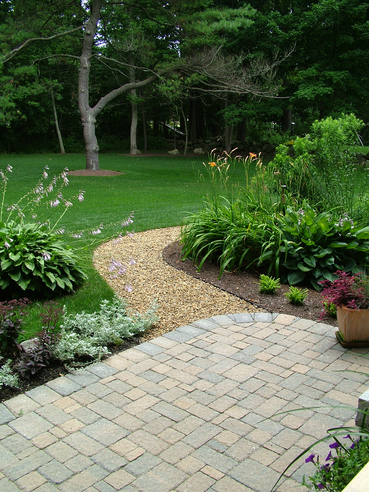 Landscaping With Mulch And Stone : Mulch archives hardscape landscape supplies