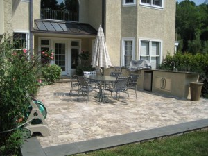 Woodward Cornerstone Travertine Flag 300x225 How to Choose the Best Natural Stone for Patios