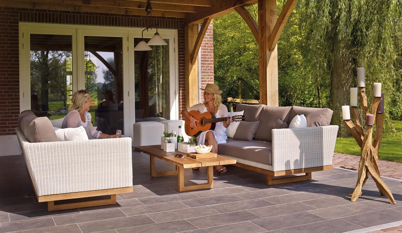 4 Ways to Turn Your Backyard into a True Zen Oasis