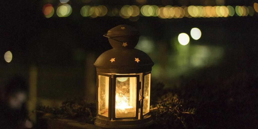 lantern e1550091583617 1024x514 6 Ways to Enjoy Your Patio This Winter